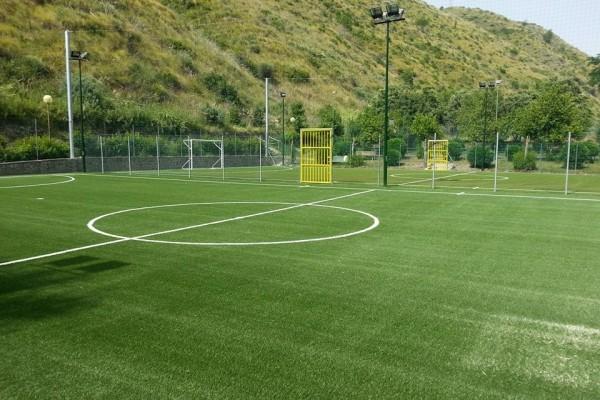 Campo da calcetto in erba sintetica ubicato a Diamante (provincia di Cosenza)